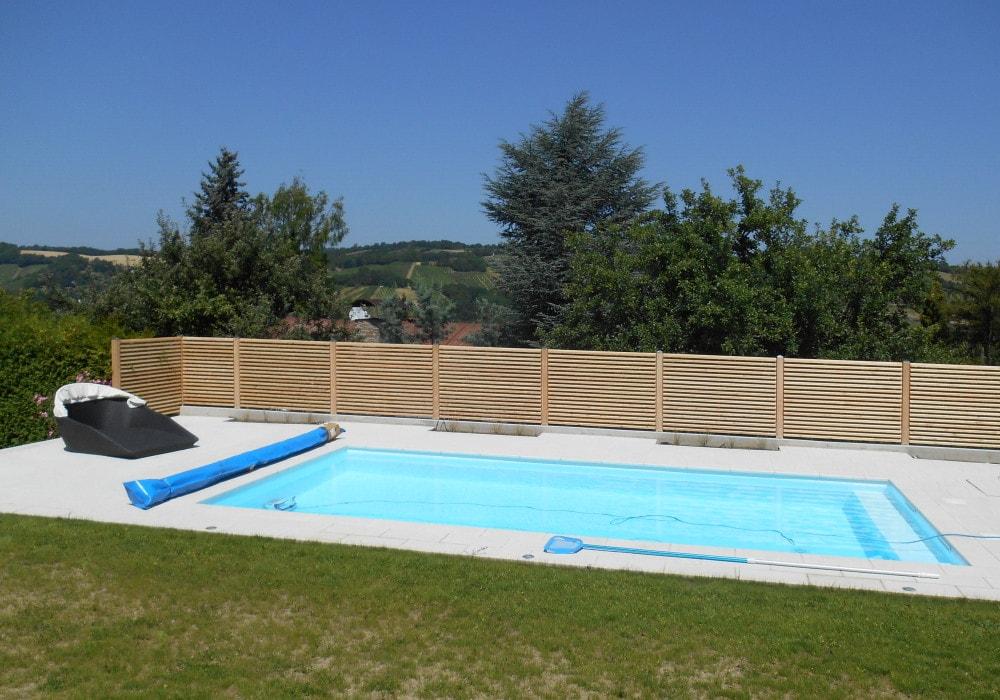 Perfekt Perfekter Pool Sichtschutz Aus Lärchenholz