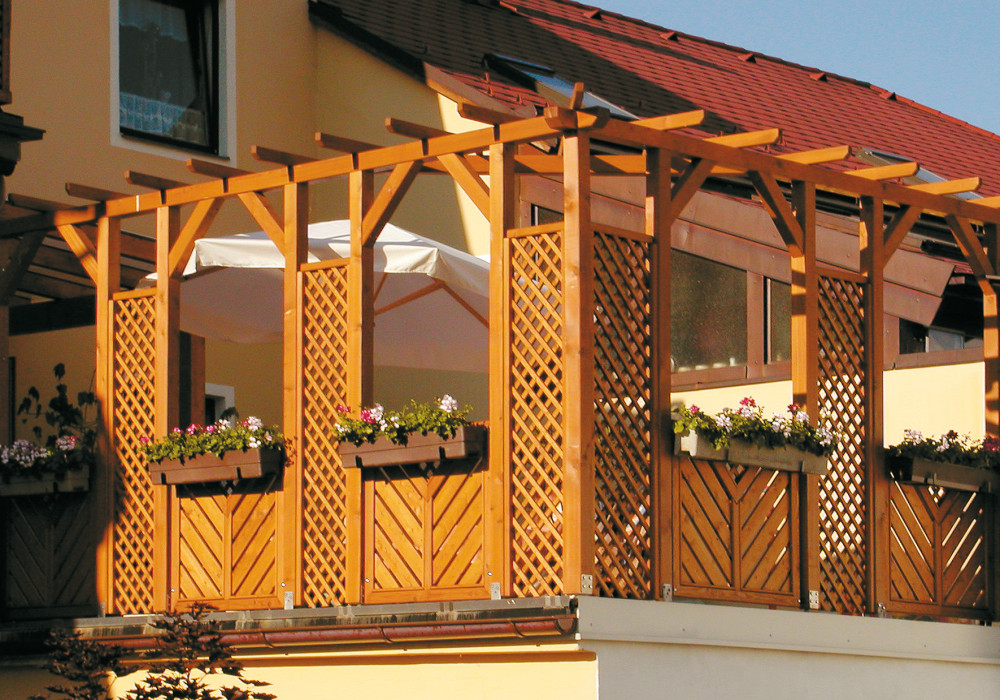 Pergola Perfekter Sichtschutz Fur Den Garten Pergola Aus Holz